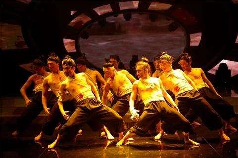 歌唱节目创意_总结那些适合在年会上表演的节目 – 乐乎现场